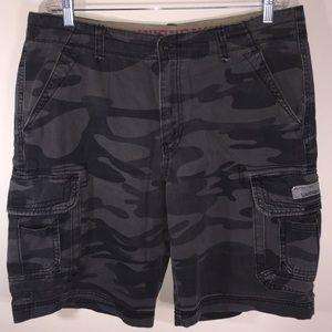 UNIONBAY Camo Cargo Shorts Sz 36 Black/Gray